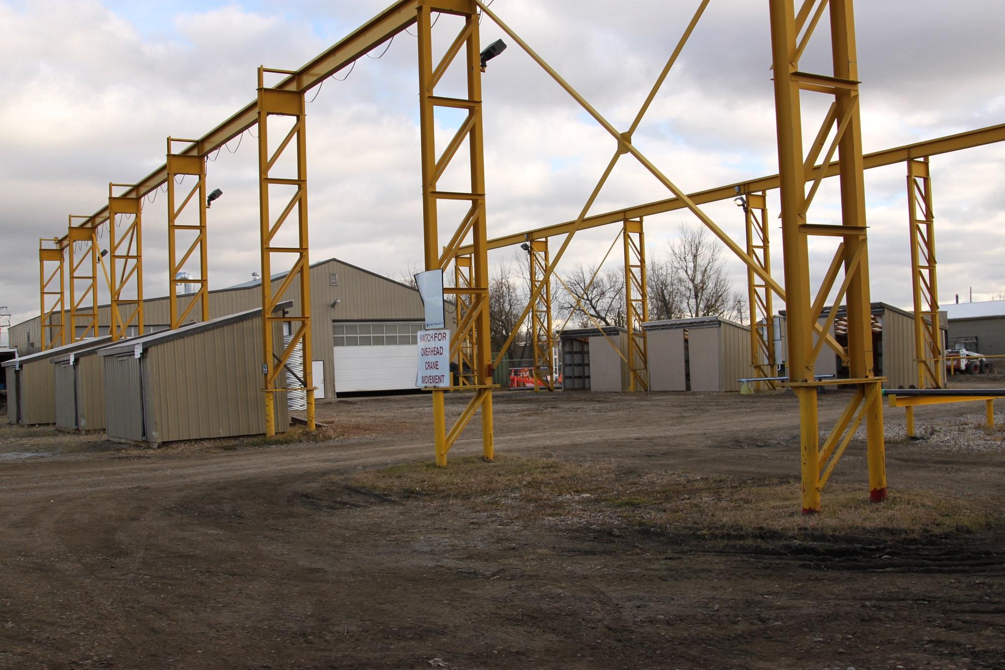 Bunch Welding Piping Fabrication Crane